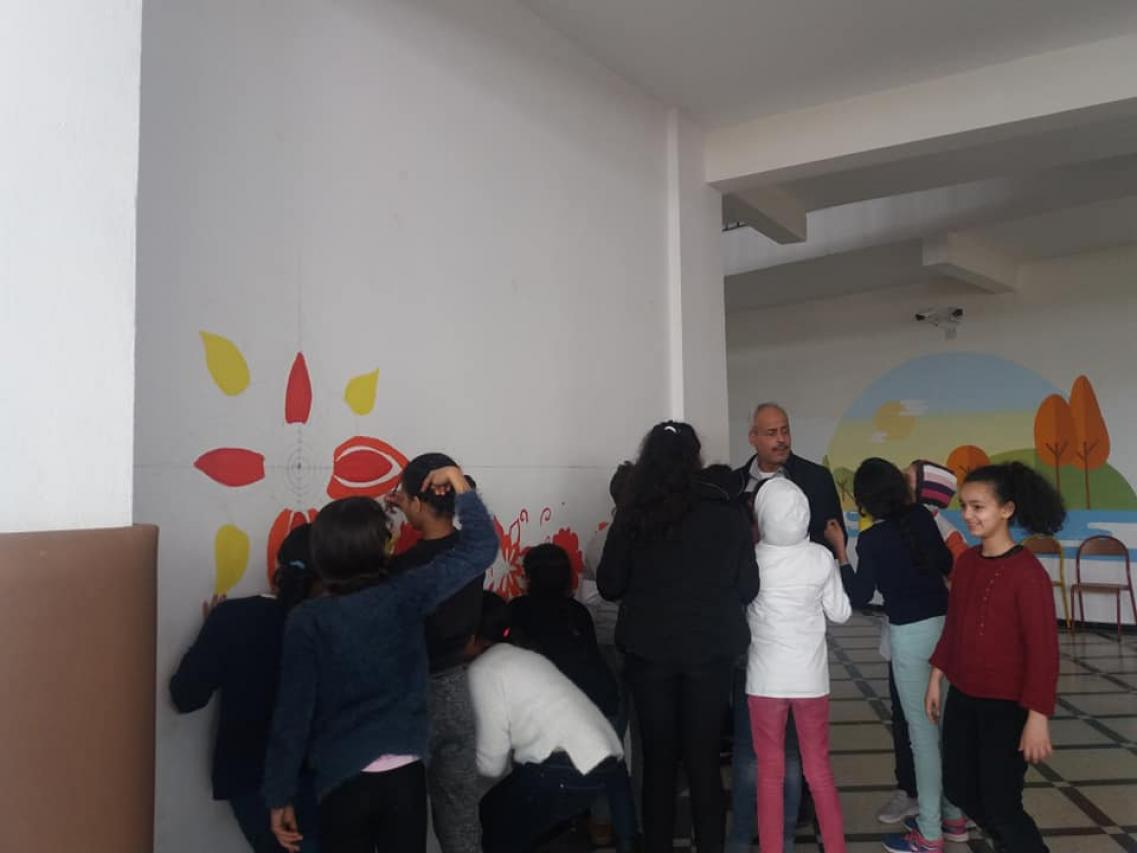 School Art à AZ. Mur créatif des élèves du CE5
